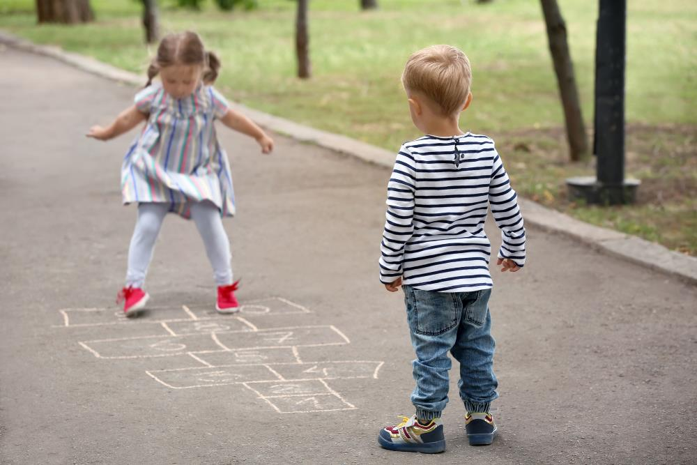 Safety games for kids - hopscotch